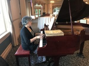 Our lovely pianist for the evening!